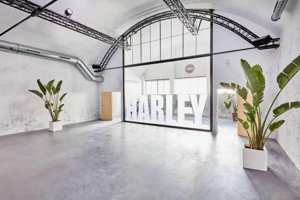 salaharley-espacio-harley-ventas-1024x683