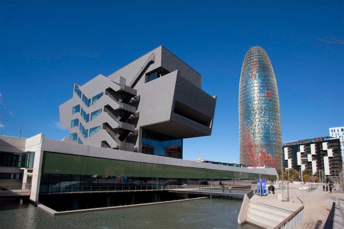 evento-localizacion-fomento-artes-diseño-barcelona-1